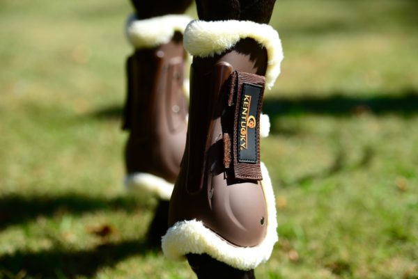 kentucky-sheepskin-air-tendon-boots