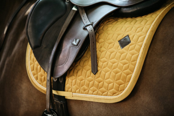 kentucky-saddle-pad-velvet-jumping
