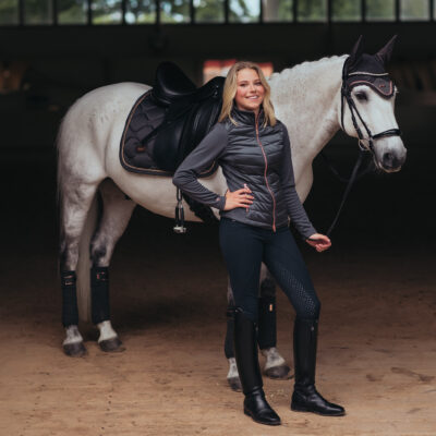 equestrian-stockholm-dark-sky