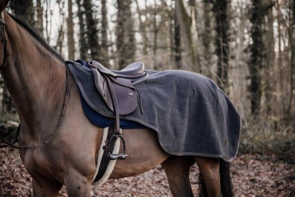 kentucky-riding-rug-heavy-fleece-grey