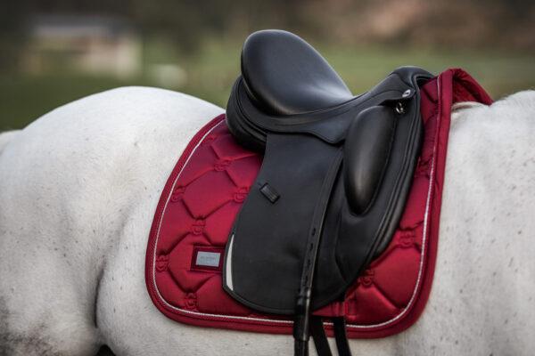 equestrian-stockholm-dressage-saddle-pad-bordeaux-cob