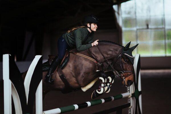 equestrian-stockholm-deep-olivine-ugro-nyeregalatet-pony