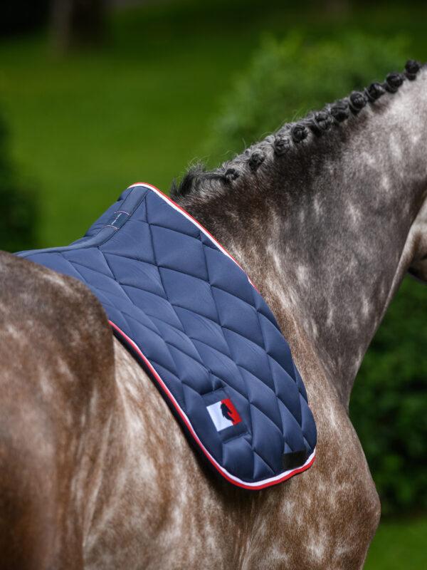 tommy-hilfiger-macro-maxx-jump-saddle-pad