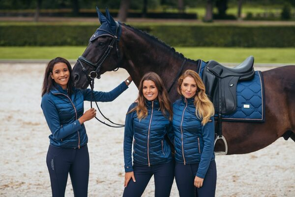 equestrian-stockholm-active-performace-kabat-monaco-blue