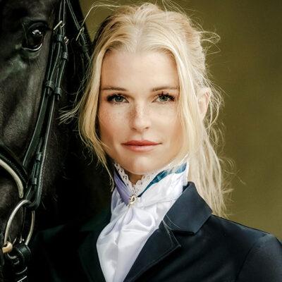 equestrian-stockholm-queen-monaco-blue-zabo